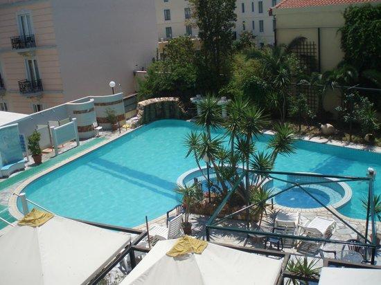 Kentrikon Hotel and Spa : Бассейн