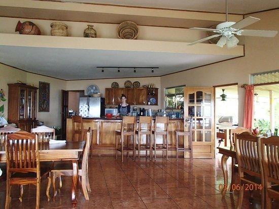 Tres Cabras Restaurante at Nepenthe : Rebecca preparing supper