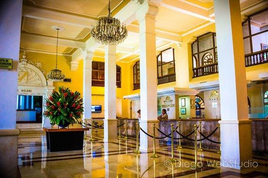 Hotel Caribe : lobby