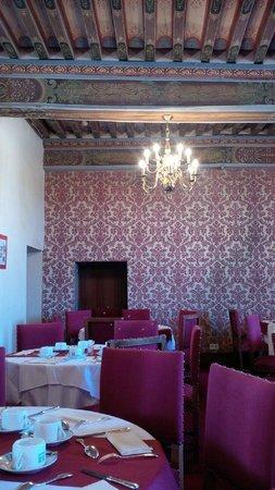 Chateau de Gilly: Dans la salle de petit déjeuner
