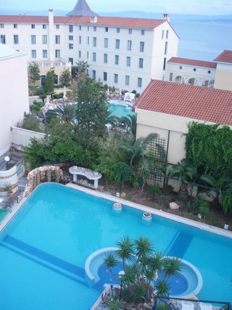 Kentrikon Hotel and Spa: Вид из номера