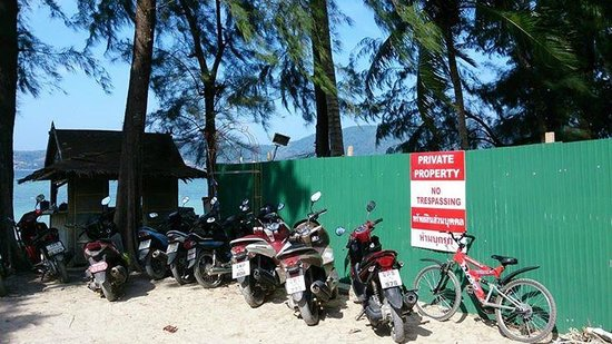 Tri Trang Beach: no more public beach