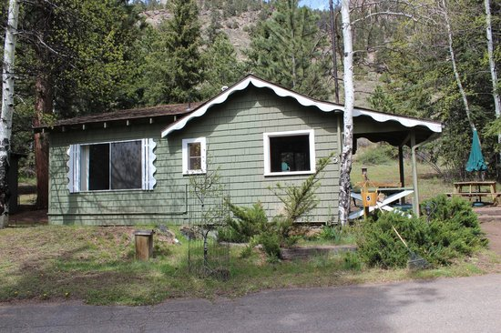 Workshire Lodge: Exterior of Cabin 5 - a 1 bedroom unit