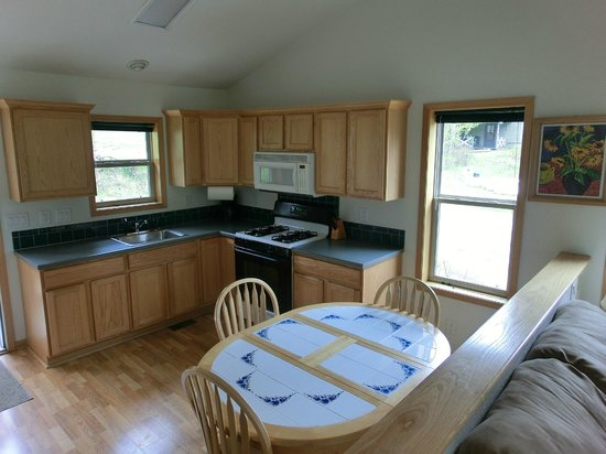 Workshire Lodge: Kitchen of Cabin 13 - a 2-bedroom unit