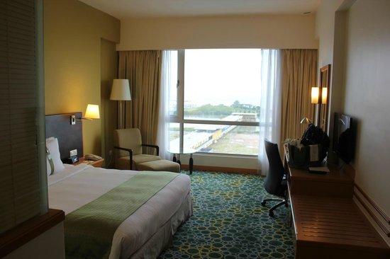Holiday Inn Melaka : 客室