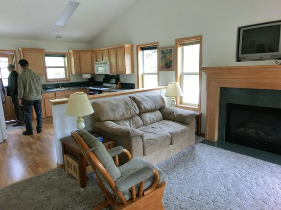 Workshire Lodge: Main room of Cabin 13 - a 2 bedroom duplex