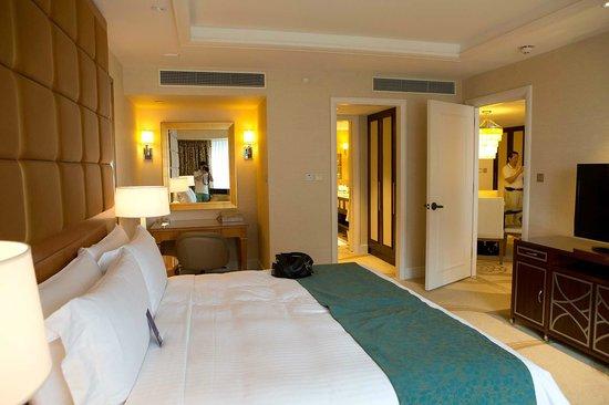 Conrad Macao Cotai Central: King Size Bed, Looking Through Wardrobe,  Toilet, Living