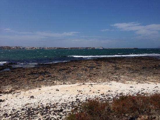Suite Hotel Atlantis Fuerteventura Resort: plage a 200 m