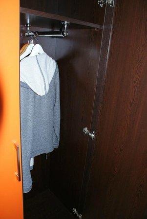 Aalborg Hotel Amsterdam: storage closet