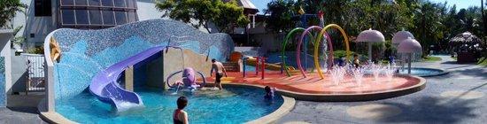 Bayview Beach Resort: Play pool