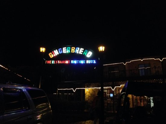 Gingerbread Hotel: Entrance upon arrival in the evening.
