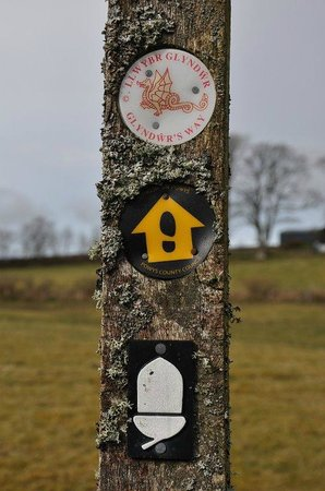 Mid Wales Bunkhouse Tipi and Camping: Glyndwrs Way National Trail is close by