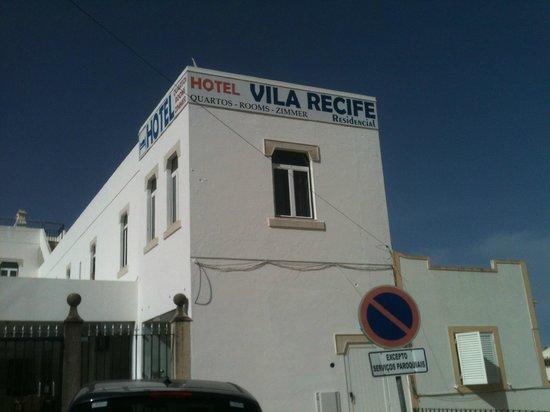 Hotel Vila Recife: Fron of the hotel