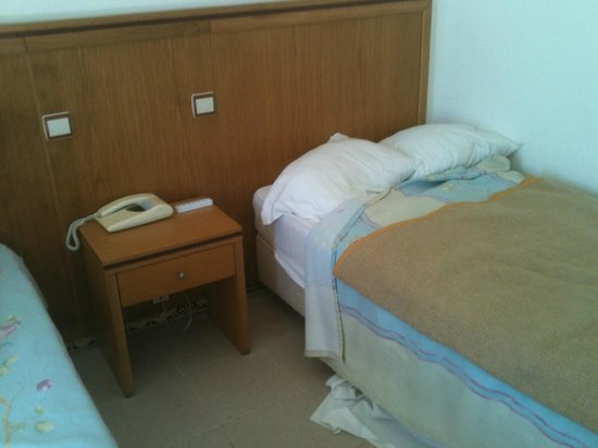 Hotel Vila Recife: One of the bed