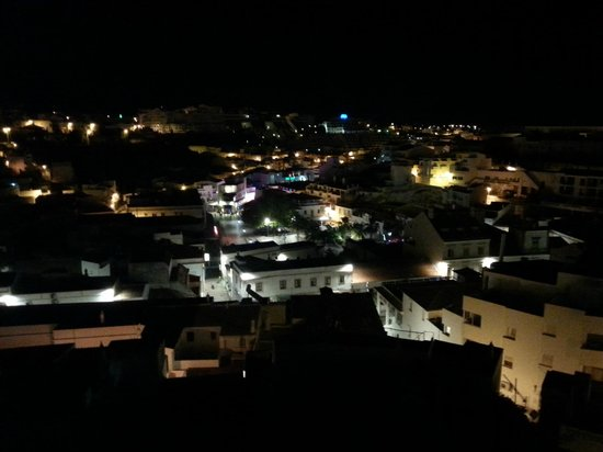 Hotel Vila Recife : Old town at night time
