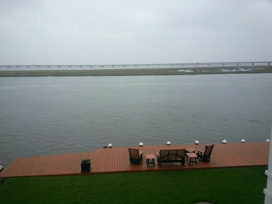 Hampton Inn and Suites Chincoteague-Waterfront : VIEW FROM OUR DECK
