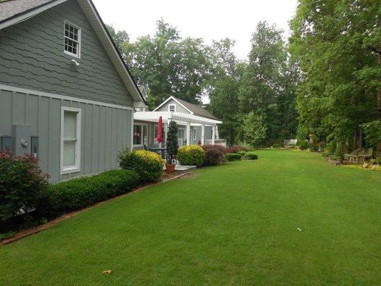 Sage Cottage Inn