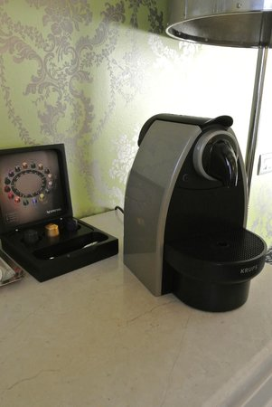 Hotel Moresco: Machine Nespresso