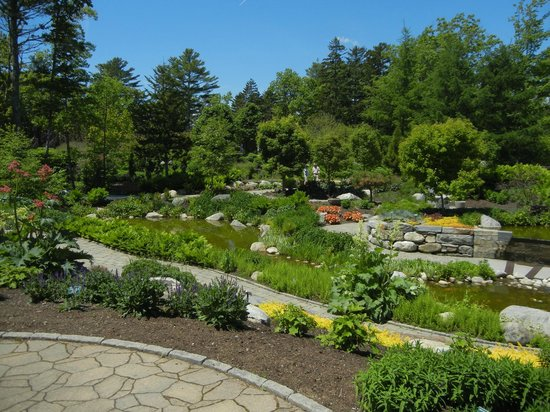 Coastal Maine Botanical Gardens: Path walk