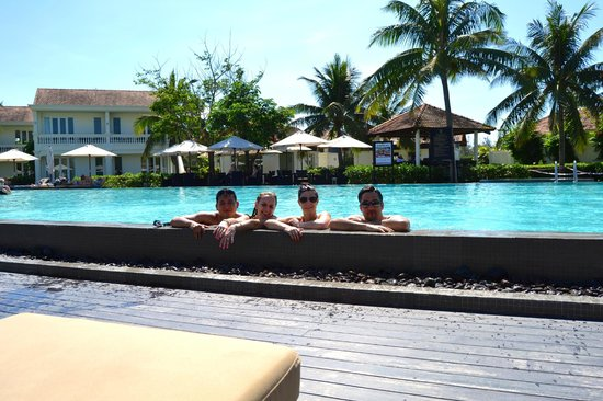 Boutique Hoi An Resort: Chilling in the pool