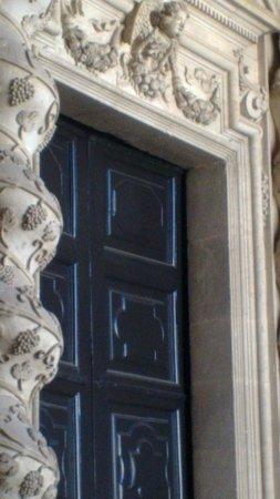Duomo di Siracusa: Il portale