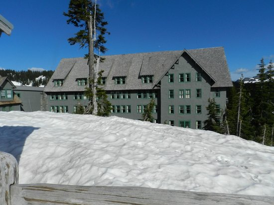 Paradise Inn at Mount Rainier : Paradise Inn