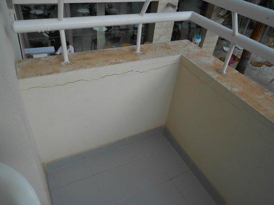 Playa Dorada Aparthotel : Balcony