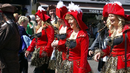 Brixham Harbour: Pirate Girls