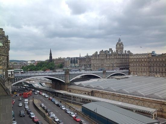 Jurys Inn Edinburgh: View from room 710