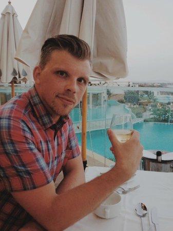 Atrium Prestige Thalasso Spa Resort and Villas : Aegean Restaurant- amazing view!