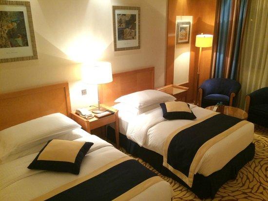 Movenpick Hotel Bahrain: Standard Double Room