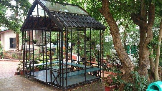 Saj Resort: Nice sitting area near reception