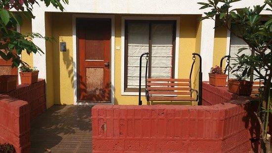 Saj Resort: Room from outside