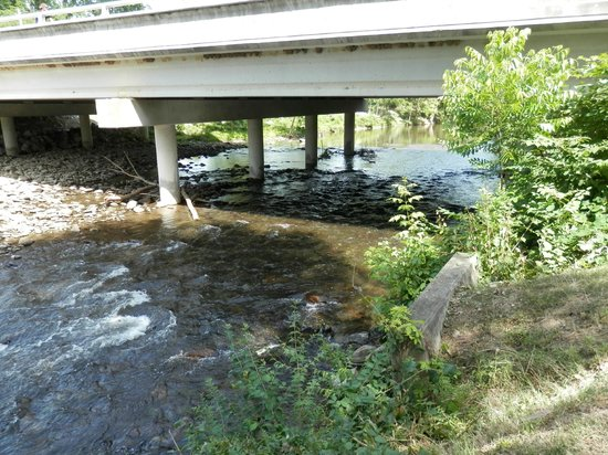 Bear Crossing Condominiums: river behind the property