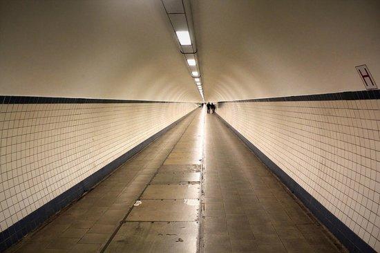 St. Anna's Tunnel / Pedestrians' Tunnel: St. Anna Tunnel