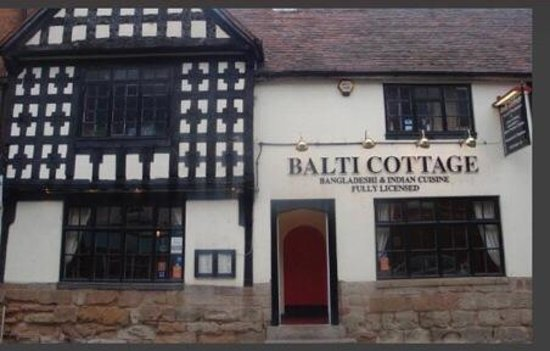 Balti Cottage: Situated is a beautiful 1695 building in the heart of coleshill