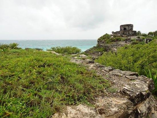 Tulum Avenue: Palace on the cliff top with a fab seaview