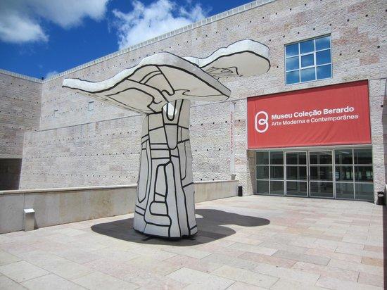 Musée Berardo : Entrée du musée