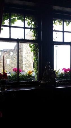 Castlemount Bed and Breakfast: Aussicht aus dem Treppenhaus