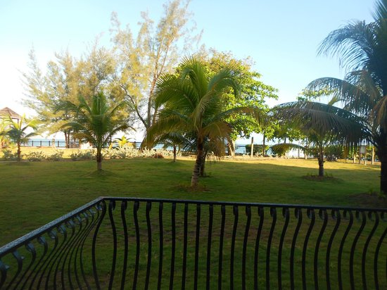 Jewel Paradise Cove Resort & Spa Runaway Bay, Curio Collection by Hilton: A view from our room