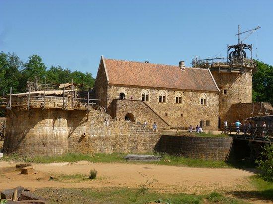 Chantier Medieval de Guedelon: Le logis seigneurial