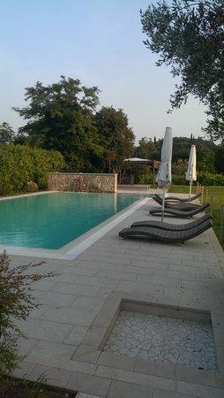 Agriturismo Corte Aurea: piscina