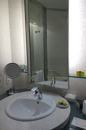 The Strings by InterContinental Tokyo : bathroom