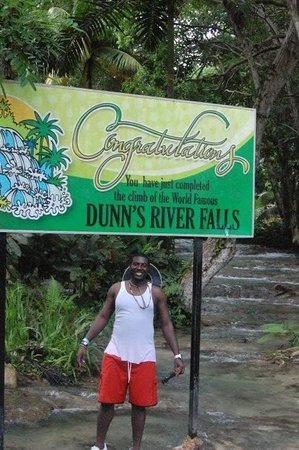 Dunn's River Falls and Park: 2010 I Completed the climb!!! I wanna go back! I enjoyed & love it!!!