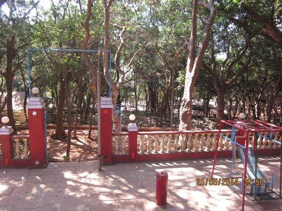 Preeti Hotel: Nice place to laze around