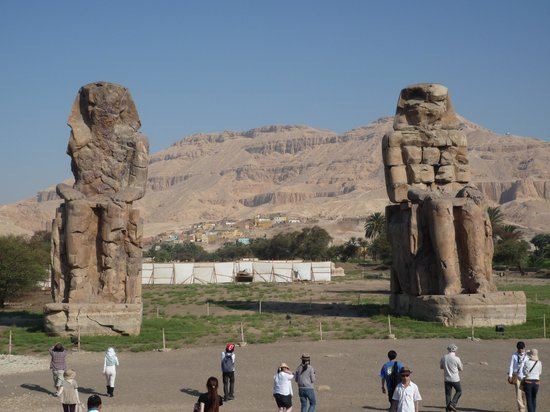 Colossi of Memnon: 1