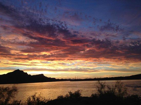 Havasu Springs Resort : Sunset View