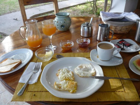 L'Hirondelle: Frühstück