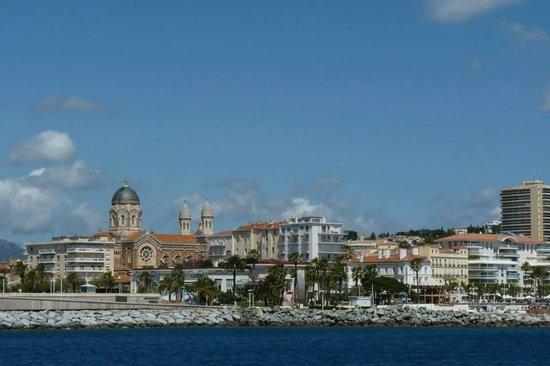 Les Bateaux de Saint-Raphaël : Vue sur le port de Saint Raphaël