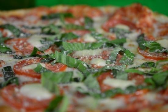 Goodfellas Pizzeria: Taste of Naples... tomatoe and basil with fresh mozzarella